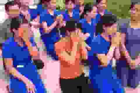 Thông tin mới nhất vụ hàng chục cô giáo quỳ gối để xin được tiếp tục dạy trẻ