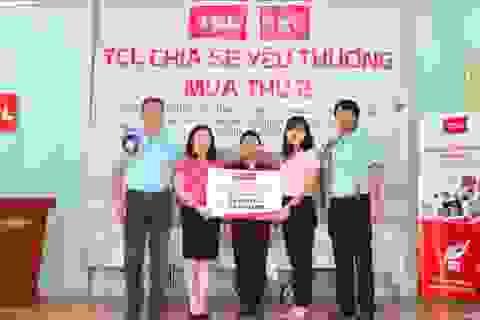 TCL (Việt Nam) tiếp tục trao tặng Tivi cho trẻ em mồ côi và khuyết tật tại TP. Hà Nội