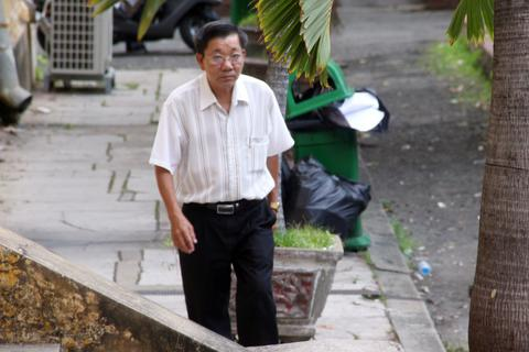 """Nguyên Phó giám đốc Ngân hàng Nhà nước tỉnh Long An """"làm mất"""" 3.454 tỉ đồng"""