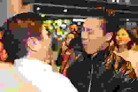 Rơi nước mắt trước những tâm sự về cha của văn nghệ sĩ Việt