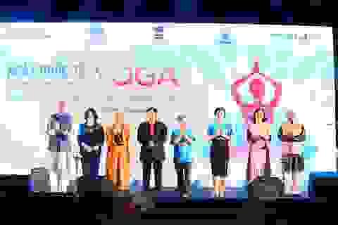 Gần 1500 người tham gia đồng diễn ngày hội quốc tế Yoga tại Việt Nam