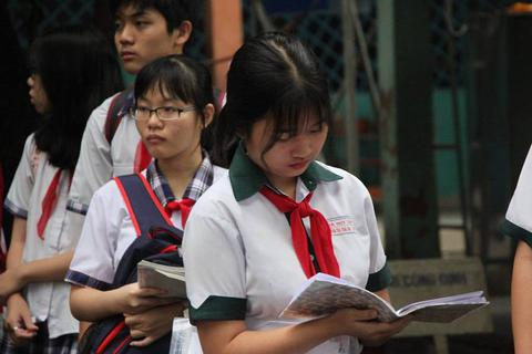 Gợi ý bài giải đề Văn thi lớp 10 ở TPHCM
