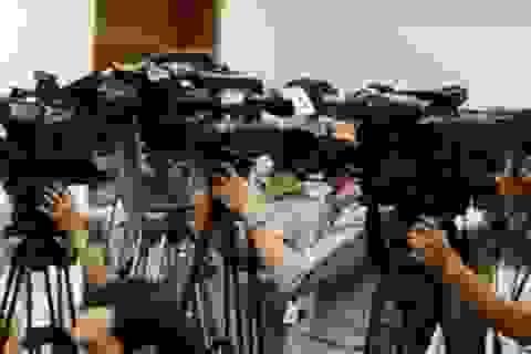 """Nhà báo """"biết mình, biết người"""" để không ảo tưởng quyền lực"""