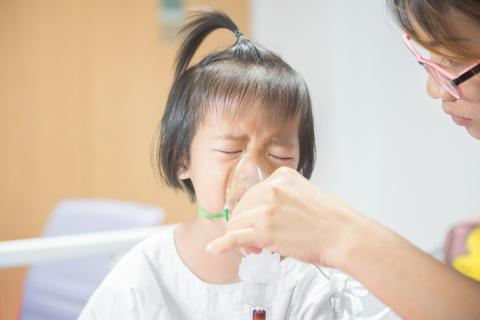 """Đừng để đường hô hấp """"trả giá"""" trước ô nhiễm không khí"""