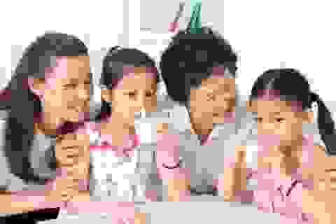 """Vì sao mẹ Việt tin cậy sữa chuẩn """"4 Không""""?"""