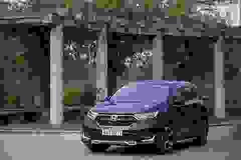 """Mặc thị trường """"mơ"""" xe giá rẻ, Honda Việt Nam đột ngột tăng giá CR-V"""