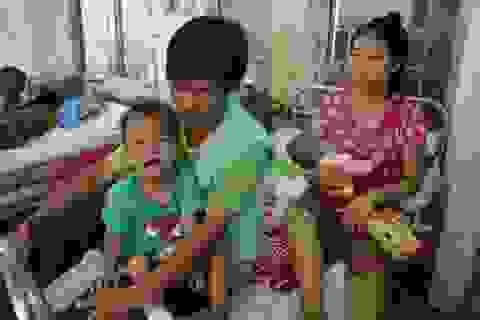 Thương hai anh em người H'Mông nghèo bị chấn thương sọ não