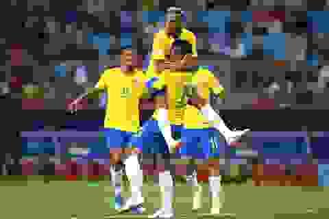 Serbia 0-2 Brazil: Selecao giành ngôi đầu bảng