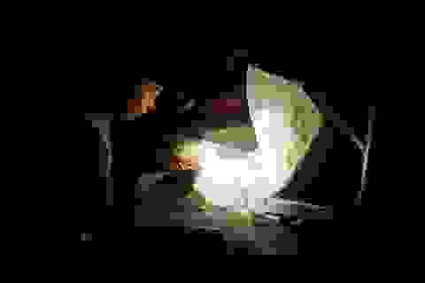 Người dân khốn khổ, cuộc sống đảo lộn vì điện quá yếu tại Nghệ An!