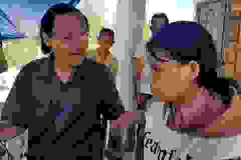 Nghị lực của nữ sinh đội tang cha và bà để vượt qua kỳ thi THPT quốc gia