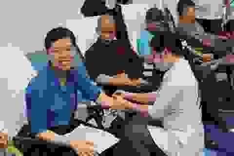 """Hơn 1.200 người tham Ngày hội hiến máu """"Hành trình đỏ- kết nối dòng máu Việt"""""""