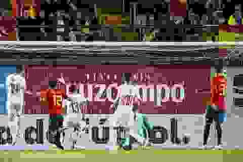 De Gea mắc sai lầm, Tây Ban Nha phục hận bất thành Thụy Sỹ