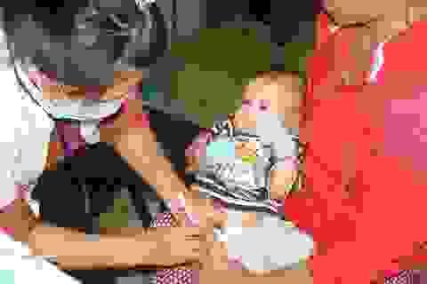 Vắc xin cận ngày sử dụng không gây nguy hại cho trẻ