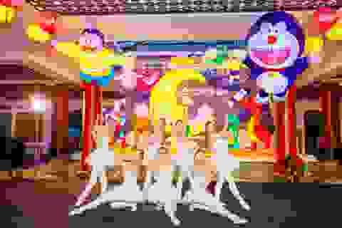 """Xuân Bắc, Tự Long """"tấu hài"""" trong lễ khai mạc lễ hội đền lồng lớn nhất Đà Nẵng?"""
