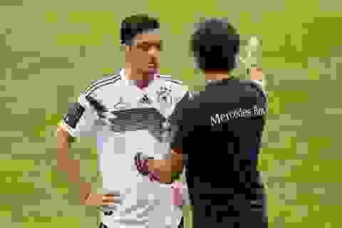 Mesut Ozil đối diện với nguy cơ lỡ hẹn với World Cup 2018