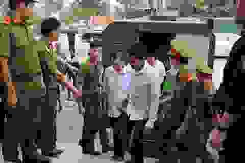 Xét xử vụ tranh chấp đất đai khiến 3 người chết, 13 người bị thương