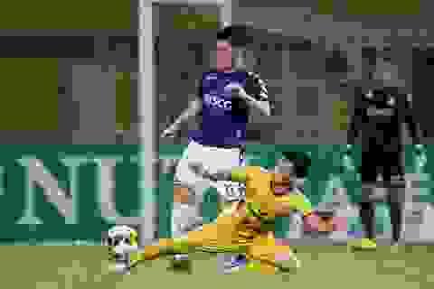 Bầu Hiển nói gì khi Hà Nội FC suýt thua Nam Định?