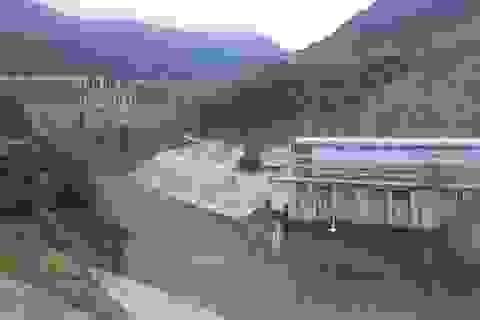 Dân nghèo khốn đốn vì nhường đất, nhường nhà cho thủy điện