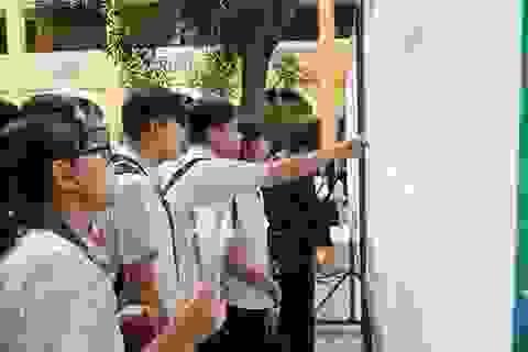 Hà Nội: Hạ điểm chuẩn vào trường chuyên và hệ song bằng