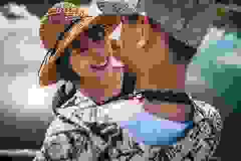 """Chuyện tình nàng thách thức chàng """"yêu là cưới"""" và cái kết bất ngờ"""