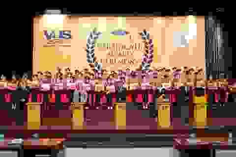 VUS nâng kỷ lục 106.932 học viên nhận chứng chỉ quốc tế