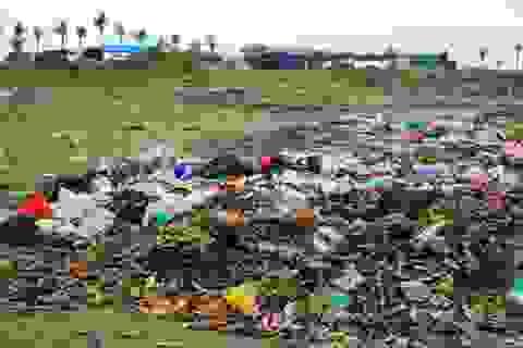 Thanh Hóa: Nước thải, rác bẩn ngập ngụa khu du lịch biển Hải Tiến