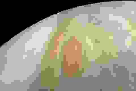 NASA công bố hình ảnh cơn bão trên sao Mộc