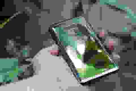HTC mang U12 Plus về Việt Nam với giá 19,9 triệu đồng