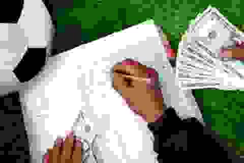 Mối lo trả nợ cá độ cho chồng sau World Cup