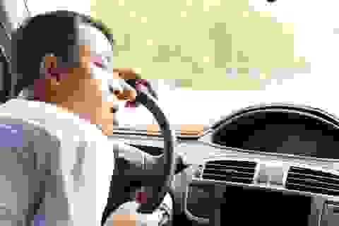 Các nhà khoa học cho biết tại sao tài xế buồn ngủ khi lái xe