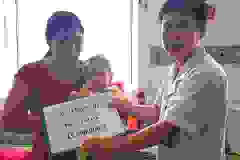 Gần 100 triệu đồng đến với 2 cháu bé mắc bệnh hiểm nghèo