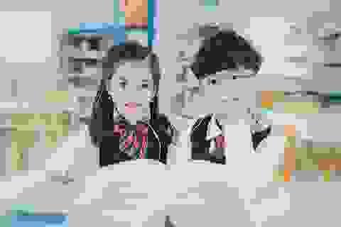 Bộ ảnh đáng yêu của đôi bạn thân nhí Hà thành