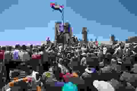 Đồng minh Mỹ kêu gọi ngừng chống Assad, cứu lấy Syria