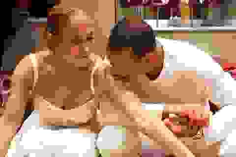 Jennifer Lopez hạnh phúc bên bạn trai kém 6 tuổi