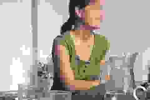 Vụ 42 người có HIV ở Phú Thọ: Gia đình y sĩ đang suy sụp vì lời đồn đoán