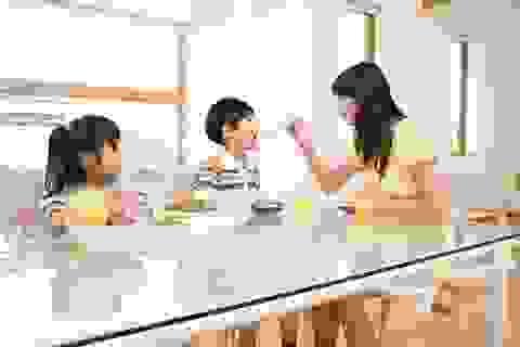 Những yêu thương của cha mẹ vô tình làm hại con trẻ