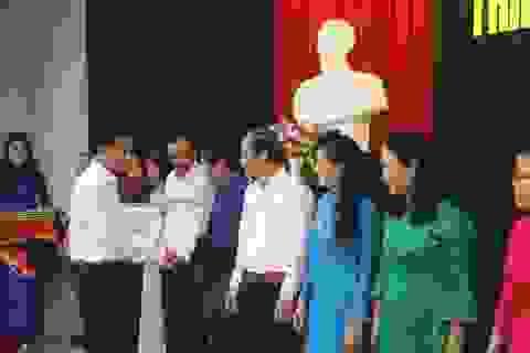 Quảng Trị: Đổi mới chương trình giáo dục phổ thông, sắp xếp lại mạng lưới giáo dục