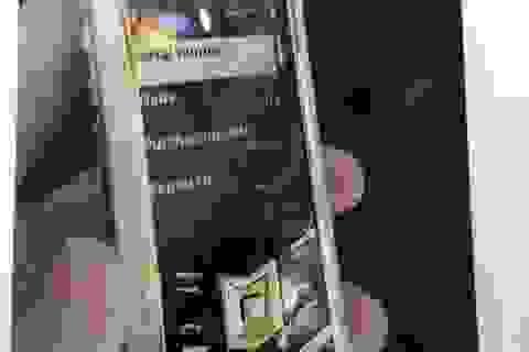 Đột nhập khách sạn trộm điện thoại Vertu của khách du lịch