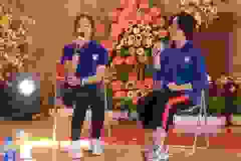 Học sinh trường Nguyễn Bỉnh Khiêm tự tin làm MC, ca hát bằng tiếng Anh