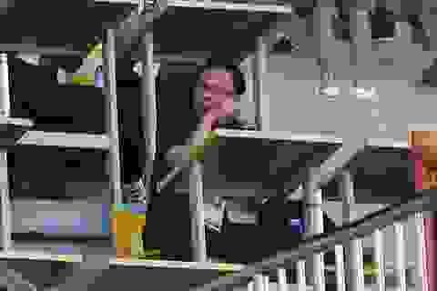 HLV Olympic Malaysia cùng 5 trợ lý do thám Olympic Việt Nam