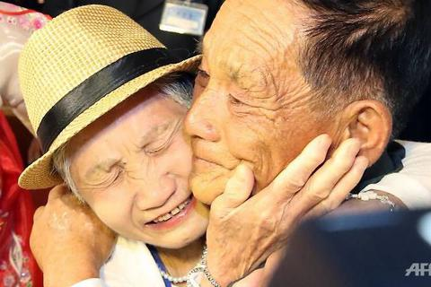 """Đoàn tụ Hàn - Triều sau gần 70 năm: """"Như chưa từng có cuộc chia ly"""""""