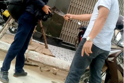 Sắp xét xử vụ cầm dao dọa giết phóng viên