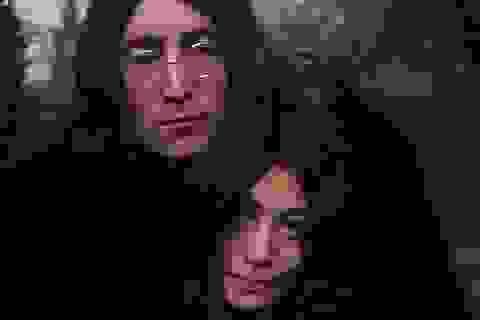 Kẻ sát hại danh ca John Lennon không được hưởng khoan hồng lần thứ 10