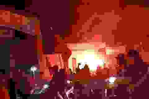 """Hải Phòng """"rực lửa"""" sau chiến thắng của Olympic Việt Nam"""