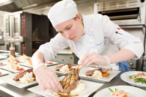 Triển lãm du học chuyên ngành nhà hàng - khách sạn đầu tiên tại TPHCM
