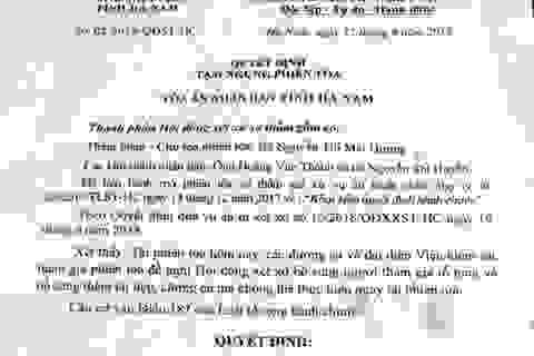 Người dân khởi kiện UBND huyện Thanh Liêm: Tòa ra quyết định tạm ngừng phiên tòa