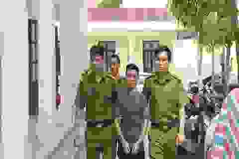 Khởi tố, bắt tạm giam 6 đối tượng bảo kê máy gặt