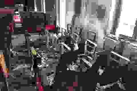Cháy hội trường xã là do chập điện