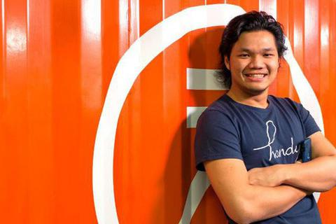 Bỏ học ở Mỹ tới Hồng Kông lập startup cho thuê điện thoại