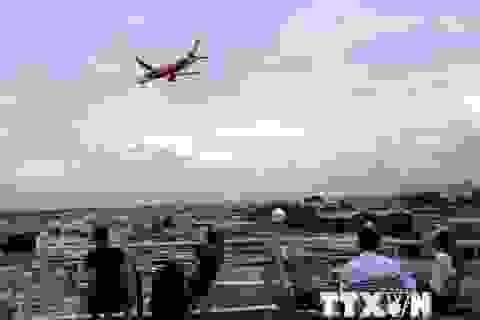 Uống càphê ngắm máy bay - thú vui độc đáo tại TP Hồ Chí Minh